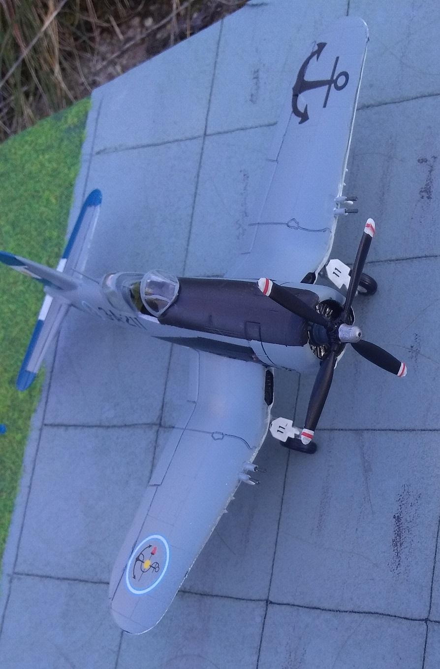 [Italeri] Corsair F4U-5 Argentin (FINI) Img_2781