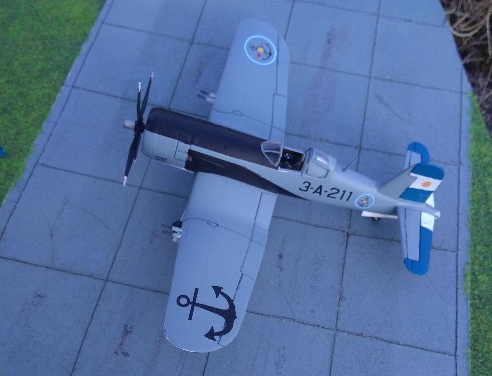 [Italeri] Corsair F4U-5 Argentin (FINI) Img_2782