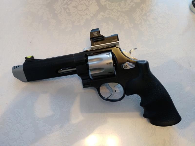 Revolver: Lequel choisir??? 62710