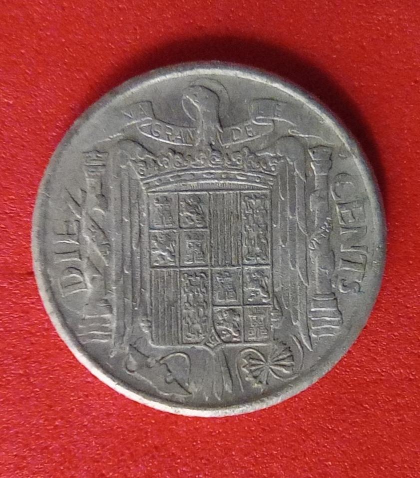 10 CÉNTIMOS. ESTADO ESPAÑOL. 1941. POSIBLE VARIANTE PLVS Img_2016
