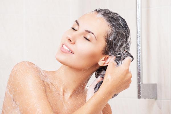 Mẹ đã biết đẻ xong bao lâu được tắm gội hay chưa?  Kieng_10