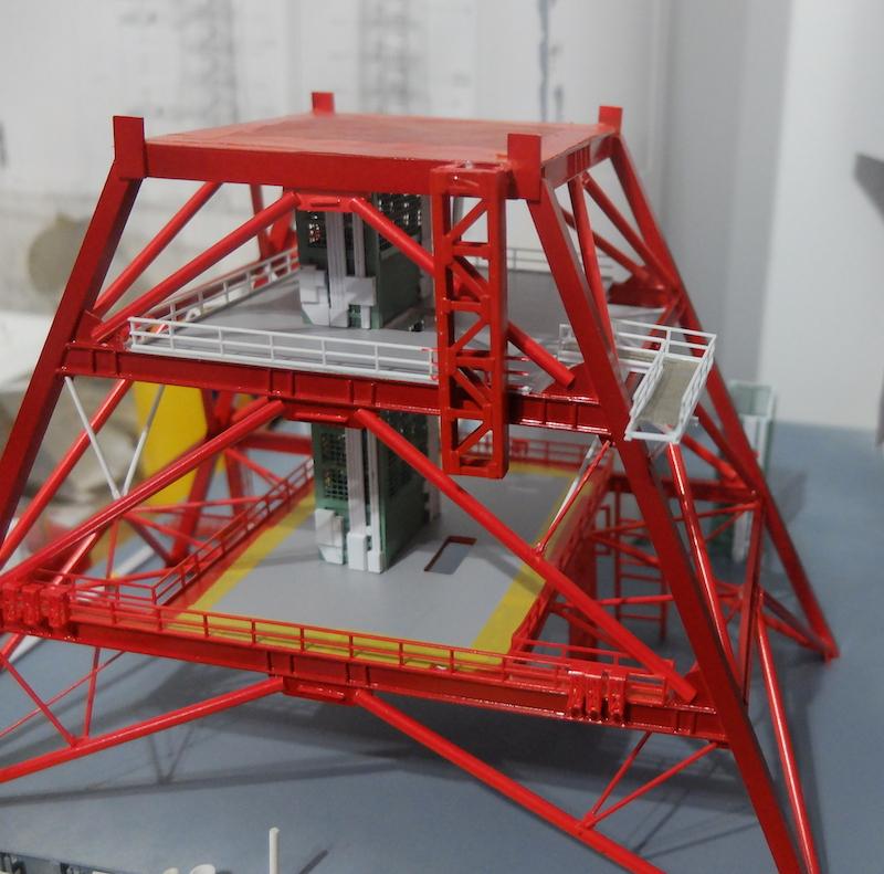 Saturn v+ LUT + Crawler 1/144 Dscf6362