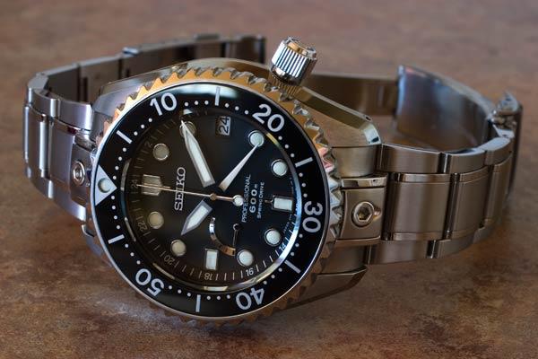 Quelles sont pour vous les plus belles montres de plongée ? - Page 2 Diver_11