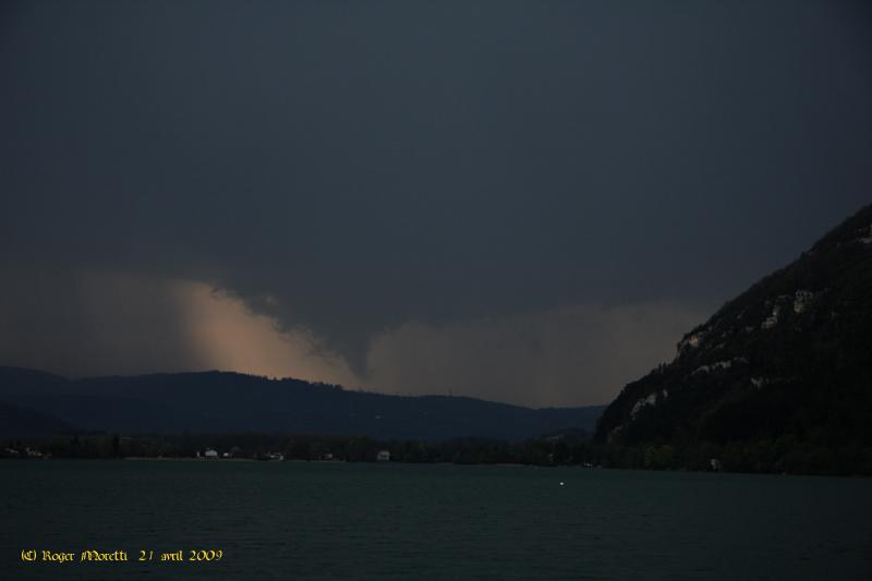 les orages de 2009 Tuba_c10