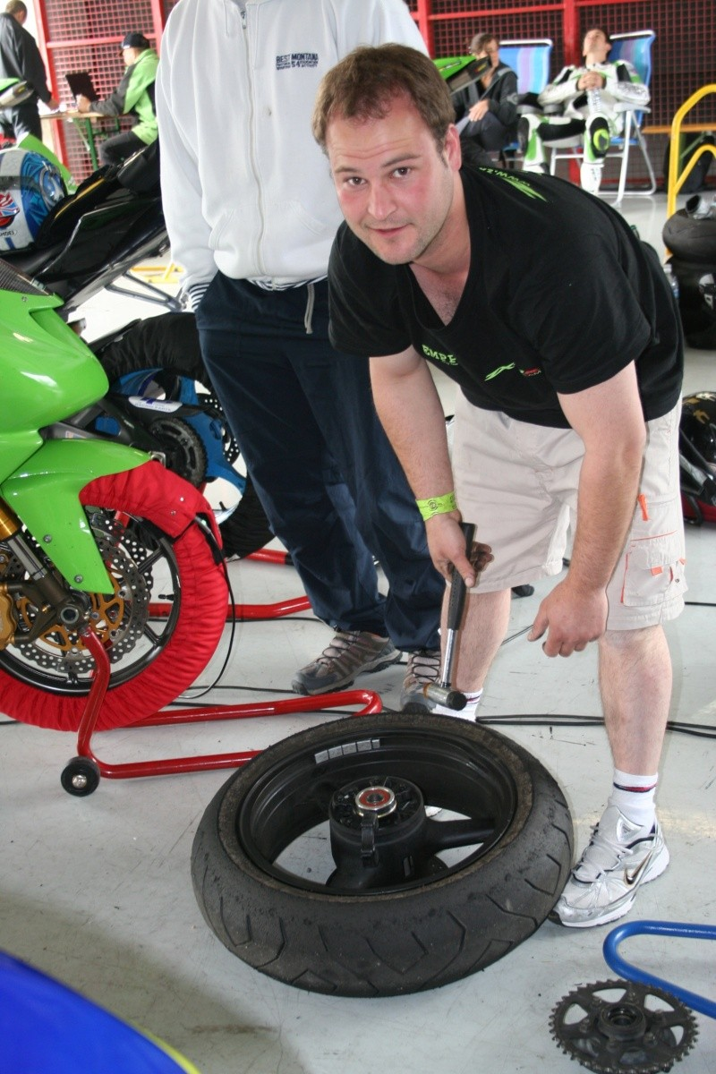 Pirelli Day's Magny cours 16/17 mai - Page 3 Img_5817