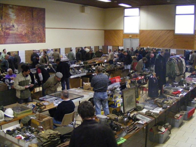 Bourse aux armes et militaria Marne Memmory 44 le 20/02/2011 Dscf7510