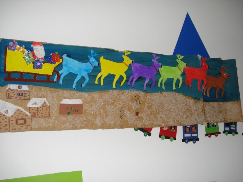 tableau père Noël et les cerfs Dsc04410