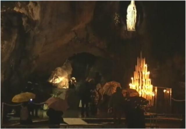 Sainte et joyeuse fête de Notre-Dame* de Lourdes à tous!! Groote10