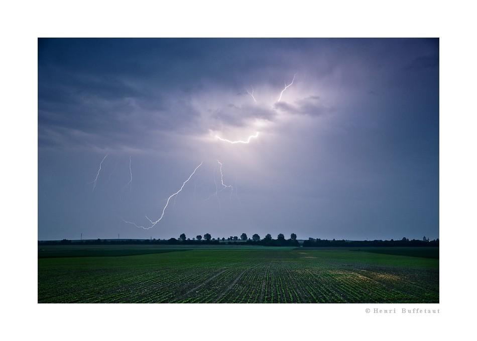 Retrospective, année orageuse 2010... Dsc_5312
