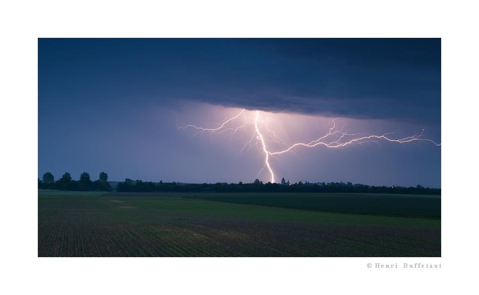 Retrospective, année orageuse 2010... Dsc_5313