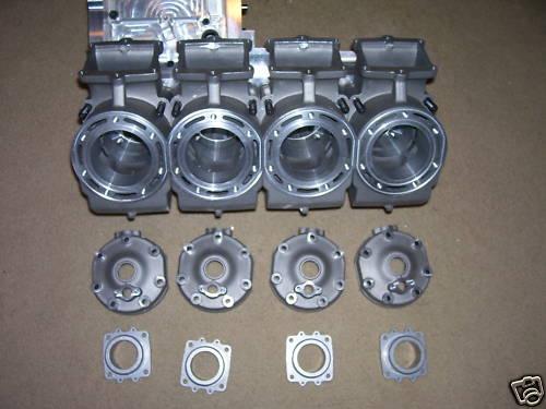 Banshee 4 cylindres 1414 cc !!! Banshe11