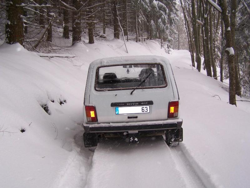 Sortie avec Mr Niva cette aprés midi en Auvergne Hiver_31