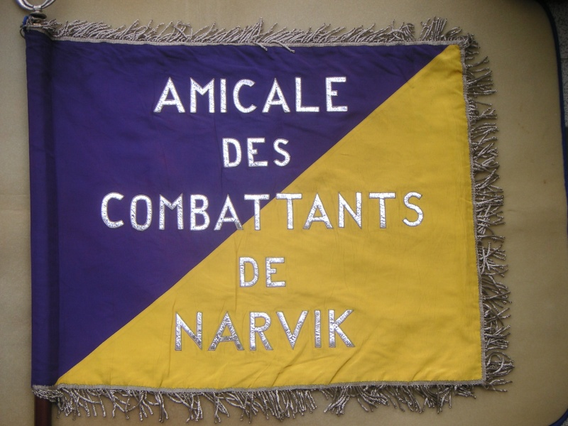 quelques fanions d'Amicales Narvic11