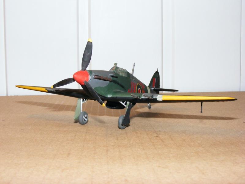 [Heller] Hurricane Mk IIC  Dscf9077