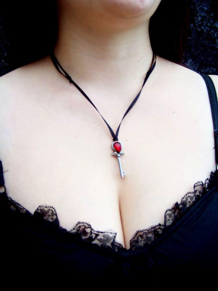 AbracaDina (bijoux et accessoires) - Page 3 Photo_16