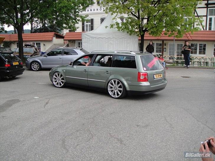 [ VW ] PASSAT - Page 2 12595610