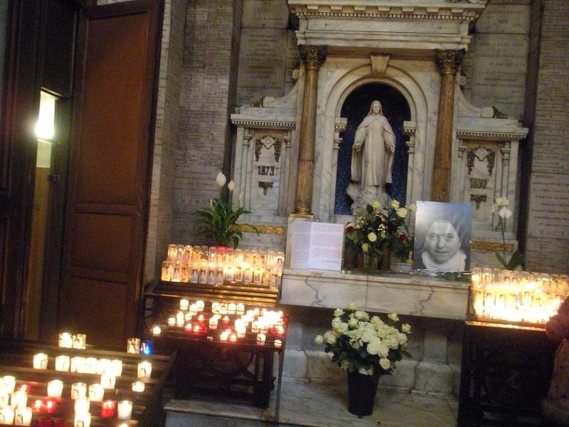 Les Reliques de Sainte - Thérèse à Notre - Dame des Victoires Reliqu10