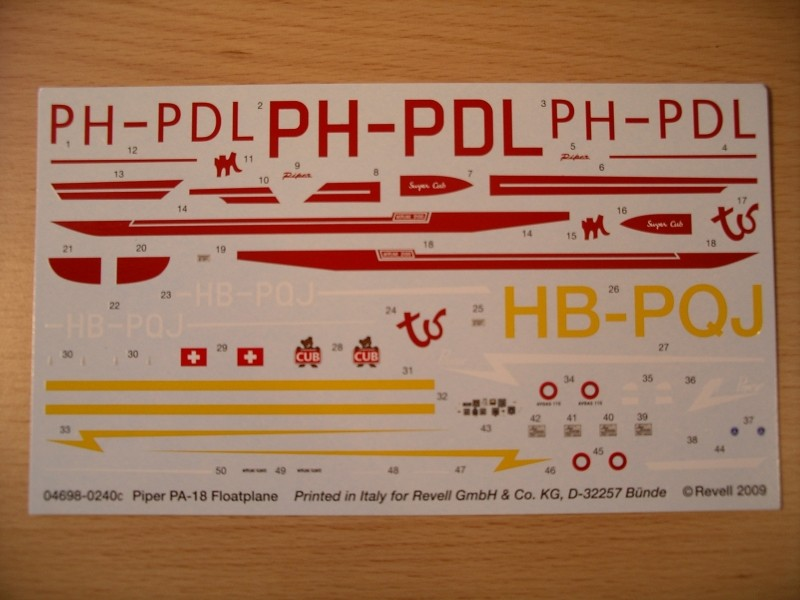 [Revell] Piper PA-18-150 Float Plane Imgp0515