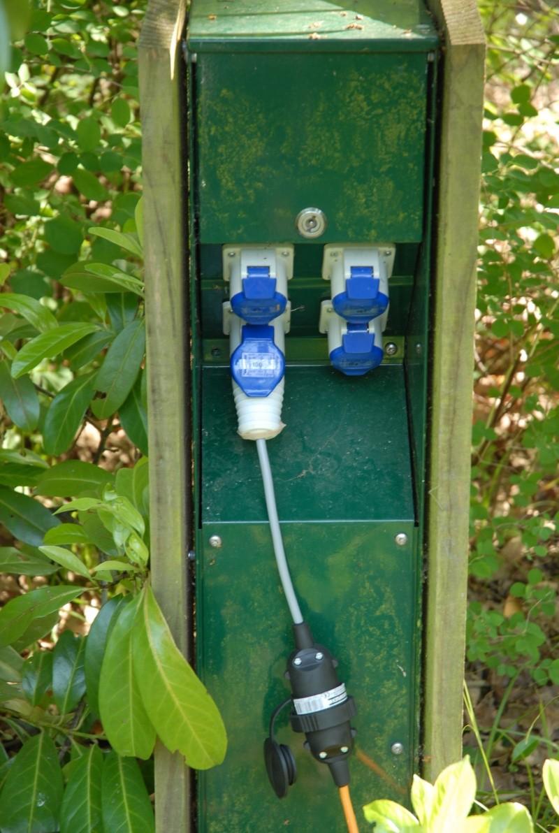 besoin de conseils pour électricité camping Dsc_0311
