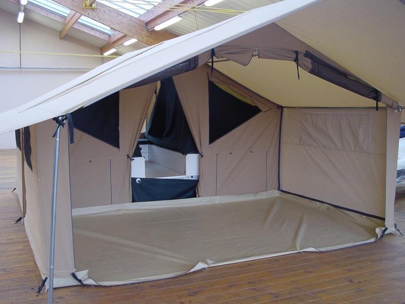 Exposition tentes et pliantes chez latour Lodge10