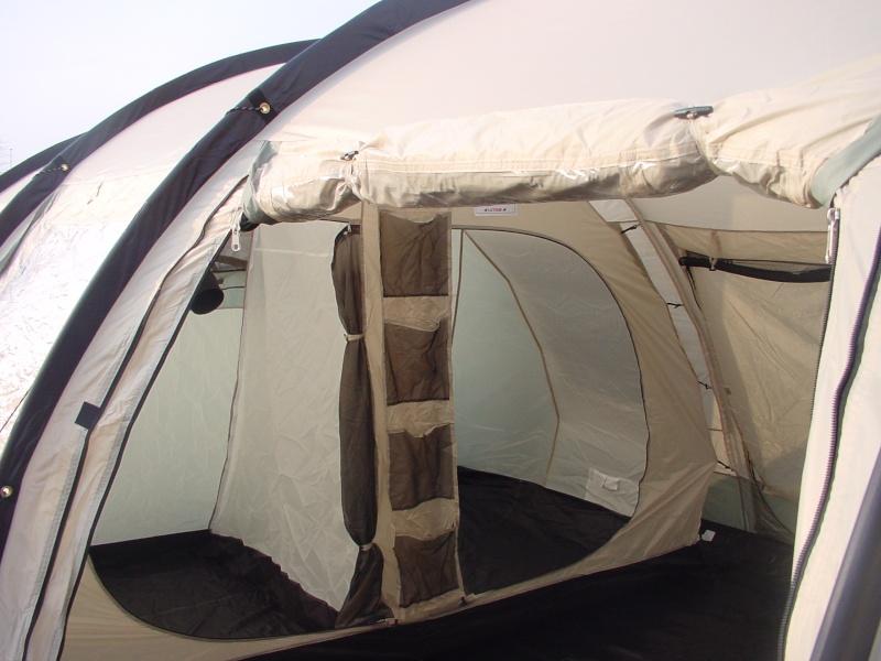 Exposition tentes et pliantes chez latour Marech10