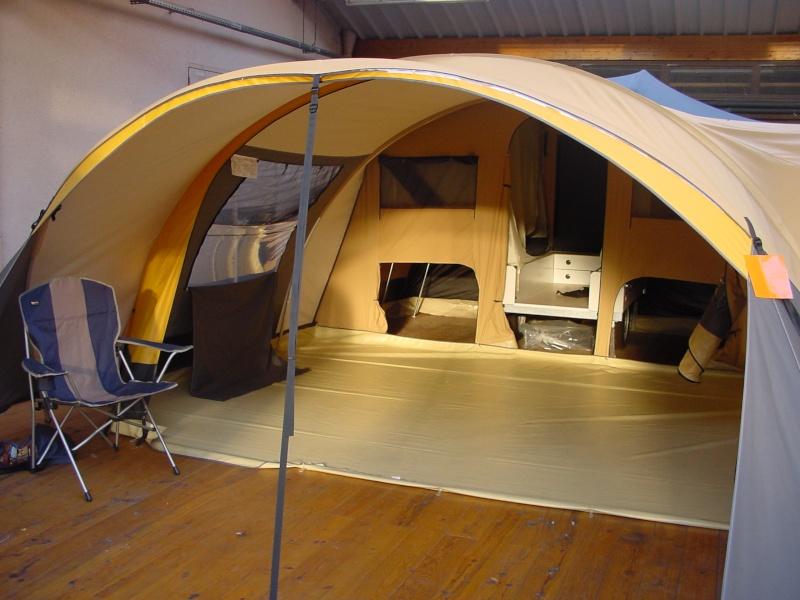 Exposition tentes et pliantes chez latour Mercur11
