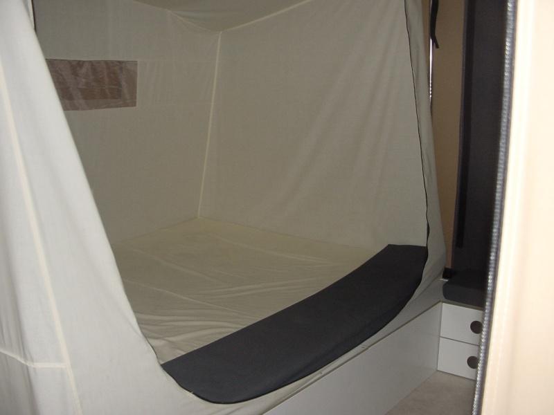 Exposition tentes et pliantes chez latour Mercur13