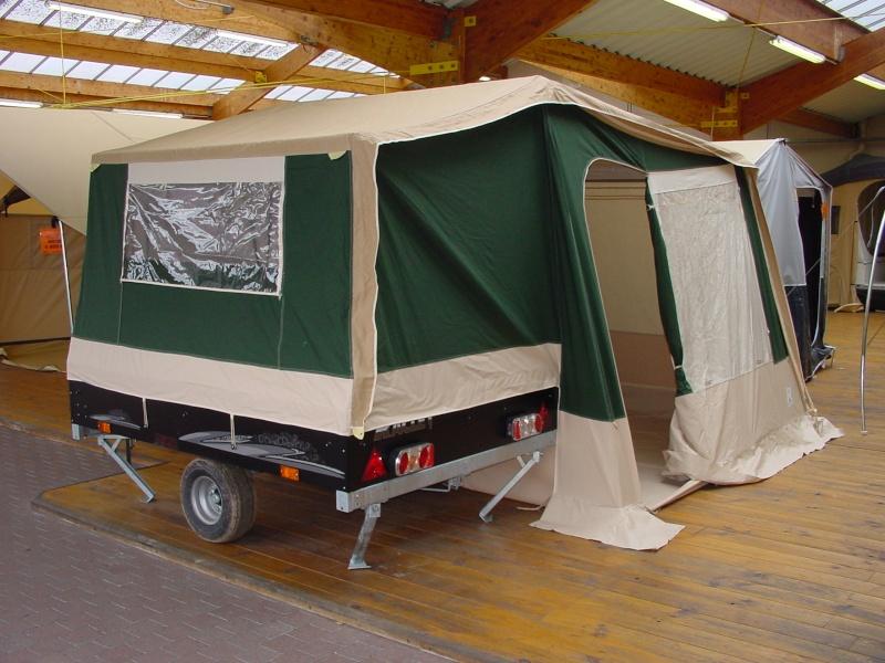 Exposition tentes et pliantes chez latour Movea_10