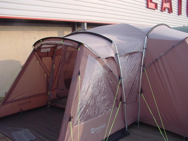 Exposition tentes et pliantes chez latour Outwel10