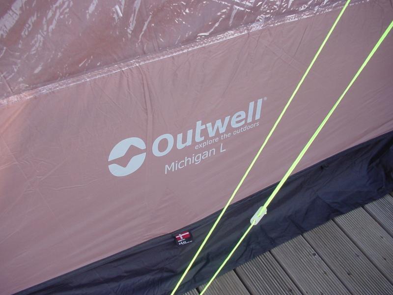 Exposition tentes et pliantes chez latour Outwel11