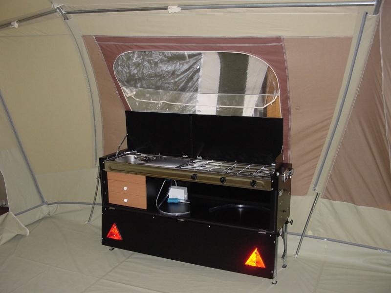 Exposition tentes et pliantes chez latour Safari12