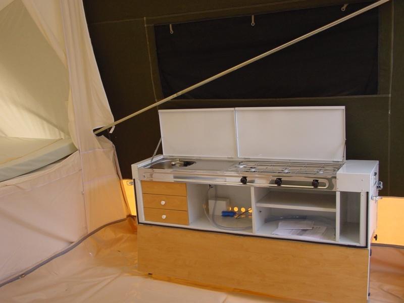 Exposition tentes et pliantes chez latour Trigna12