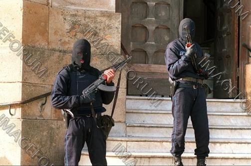صور الشرطة الجزائرية............... Ninja10
