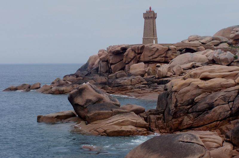 Pierres et rochers de Bretagne / 5 photos - Page 3 22trag10