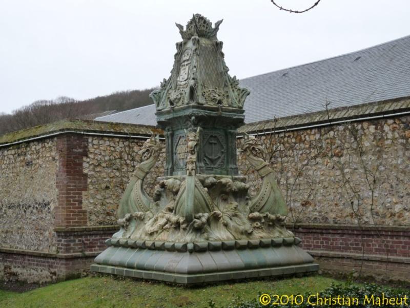 Monument de Fécamp 76feca12
