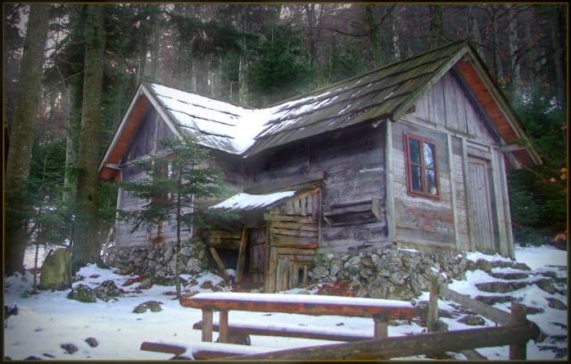 Cabane de Feanor Cottag10
