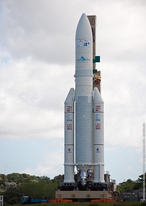 Ariane 5 ECA V198 / Hylas 1 + Intelsat 17 (26/11/2010) 737img10