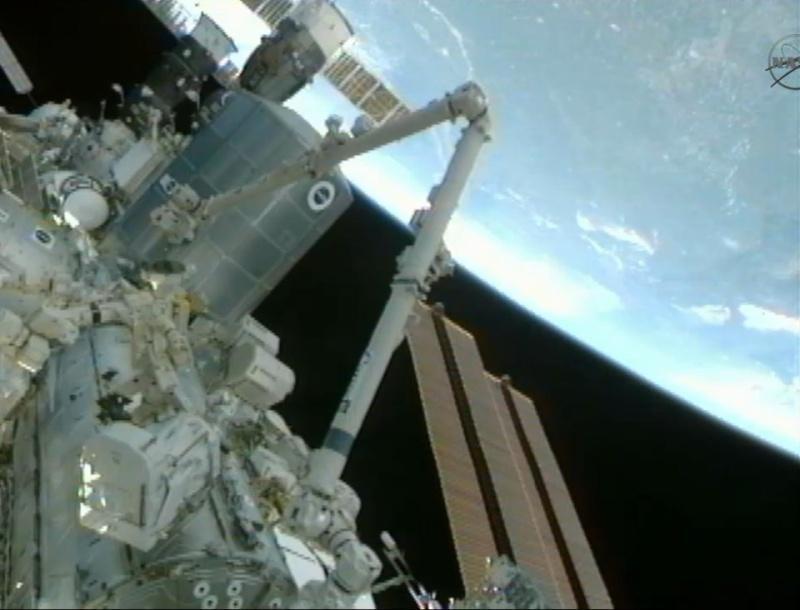 [STS-133] Discovery: Déroulement de la mission. - Page 5 Image130