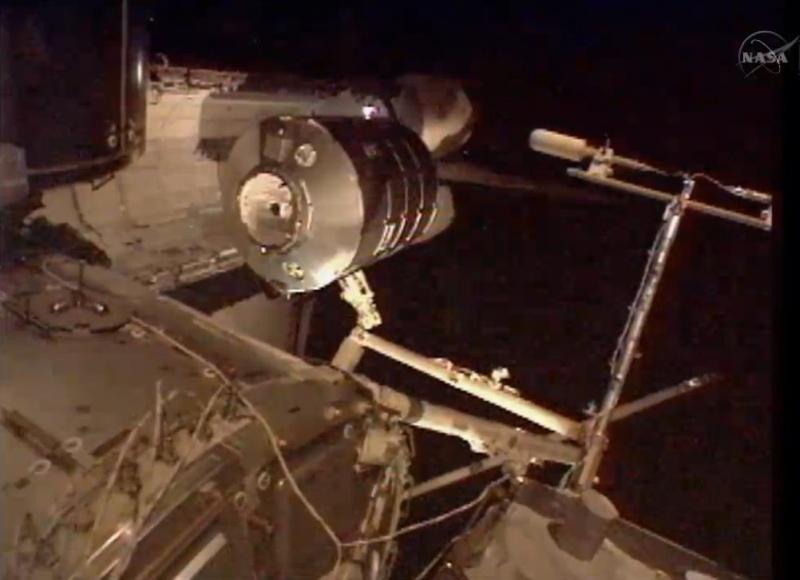[STS-133] Discovery: Déroulement de la mission. - Page 5 Image410