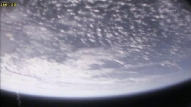 [STS-133]Discovery: fil dédié au suivi du lancement prévu le 24.02.2011 - Page 10 Panach11