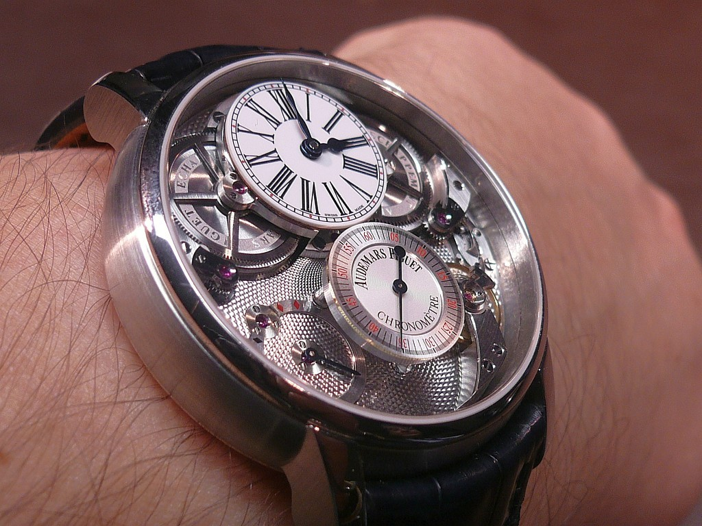 Saurez-vous trouver le point commun entre ces 3 montres ? Geneva12