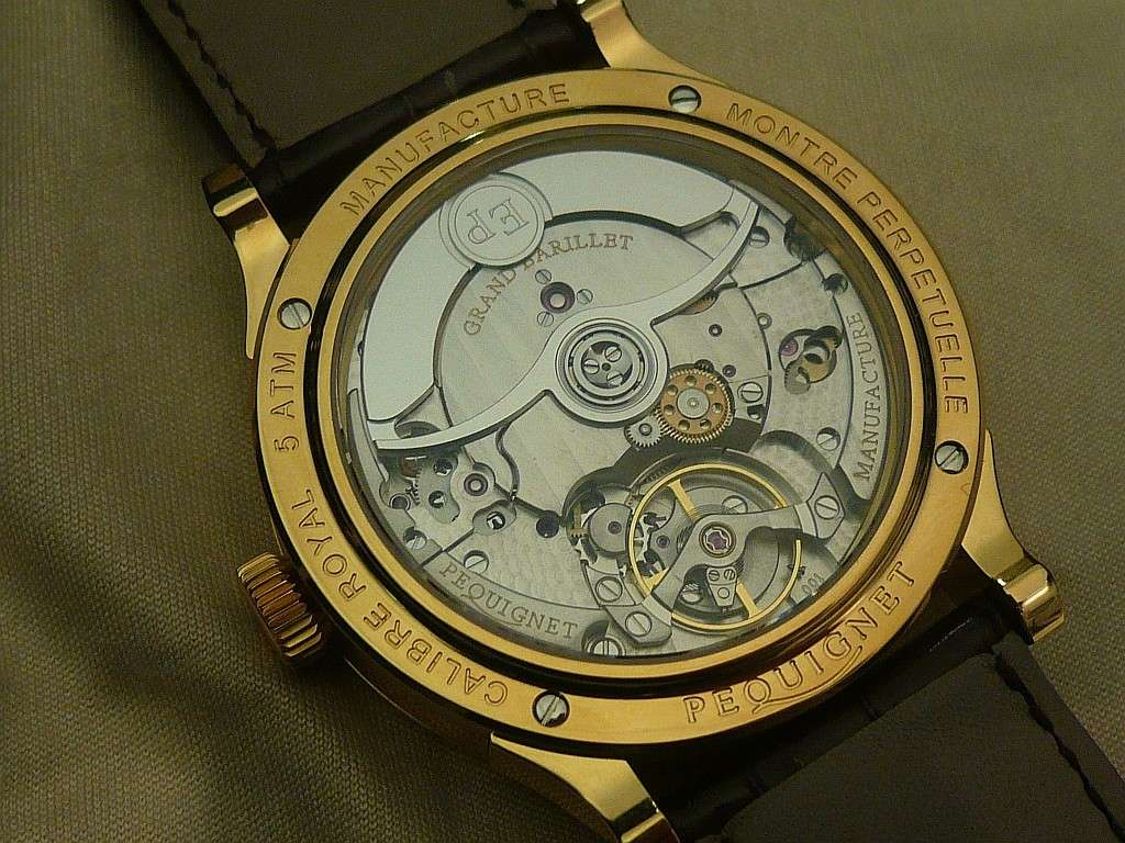 Salon les Montres > PEQUIGNET Calibre Royal Montre11