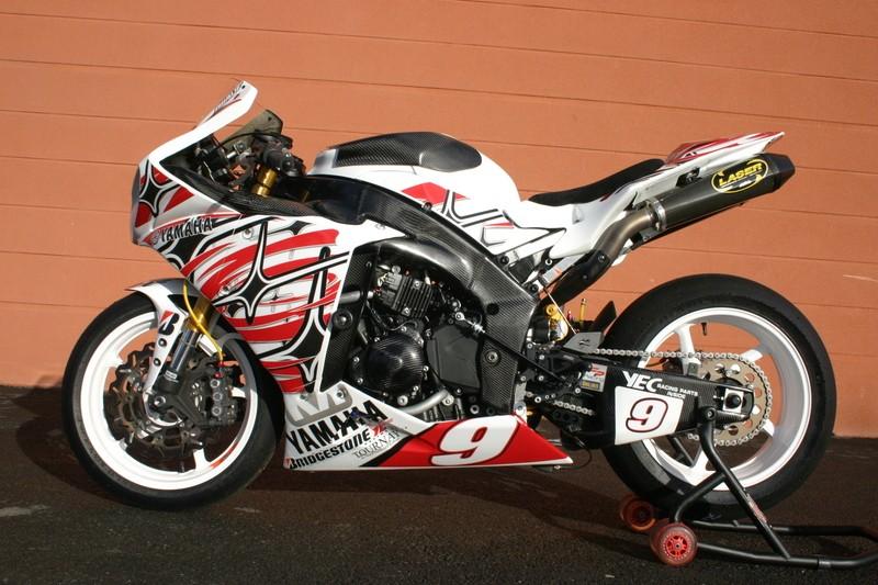 Yamaha 1000 R1 ... - Page 4 Img43210
