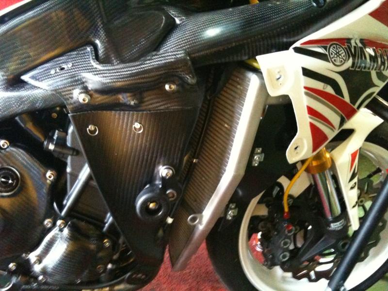 Yamaha 1000 R1 ... - Page 4 Sscare10