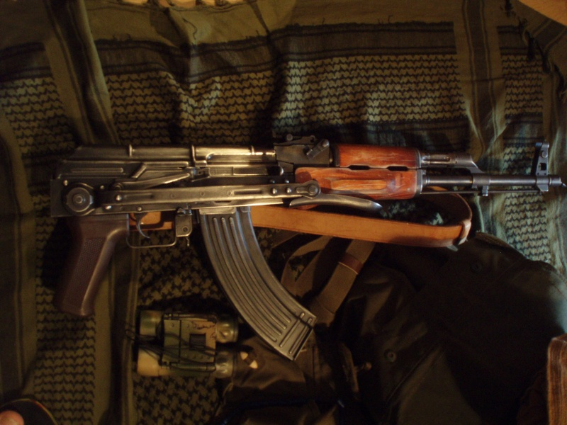 Akms,Et Gears Rd,Pour Inspi Low Profile Afghanistan ! (sbs,agent secret...) Akms_g10