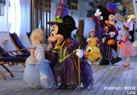 Disney Cruise Line,  Les Croisières  Disney 08hall11
