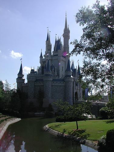 Magic Kingdom - Walt Disney World  - Page 2 18204810