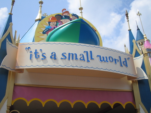 Magic Kingdom - Walt Disney World  - Page 2 2005-010