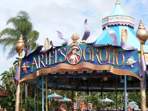 Magic Kingdom - Walt Disney World  - Page 2 22956410