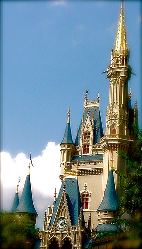 Magic Kingdom - Walt Disney World  - Page 2 24693410